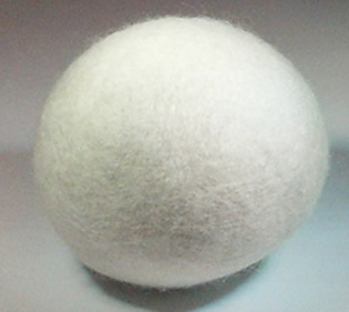 Sheps-White-Wool-DryerBalls